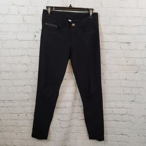 Lululemon Urbanite Black Pant Size 6